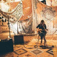 Plum & Bow Folky Fine Lines Tapestry - Urban Outfitters Music Studio Room, Studio Setup, Studio 42, Music Rooms, Bühnen Design, Studio Design, Urban Outfitters, Home Music, Worship Night