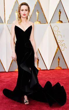 Brie Larson - Oscars 2017 in Oscar de la Renta