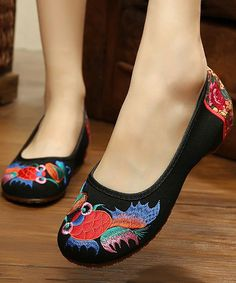 Black & Red Fish Embroidered Flat