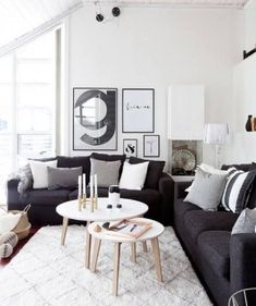 New Living Room Ideas Dark Couch Grey Ideas Living Room Paint, Living Room Grey, Rugs In Living Room, Living Room Designs, Black White And Grey Living Room, Room Rugs, Small Living Rooms, Charcoal Couch, Dark Grey Couches