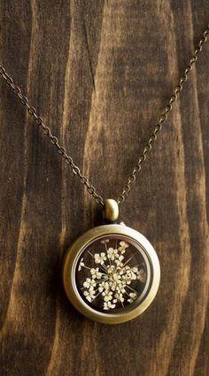 Pressed flower locket Queen Annes lace floating locket