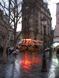 In Paris you just don't care if it's raining.......