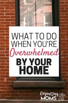 Are you overwhelmed by all of the stuff you have to do at home? Are you feeling overwhelmed as a mom? Ideas to ease the feeling of overwhelm, and make you feel more in control of your living space Declutter Your Home, Organizing Your Home, Organizing Tips, Organized Mom, Getting Organized, Medan, House Cleaning Tips, Cleaning Hacks, D House