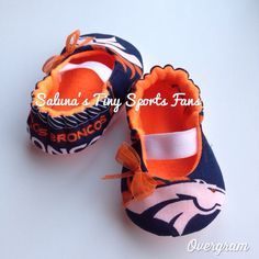 Baby outfits for boys country guys ideas Denver Broncos Baby, Nfl Broncos, Denver Football, Broncos Memes, Baby Boy Outfits, Kids Outfits, Cowboy Baby Shower, Baby Shoe Sizes, Baby Booties