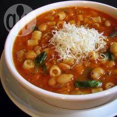 Фото рецепта: Итальянский суп Паста-фагиоли (макароны с фасолью)