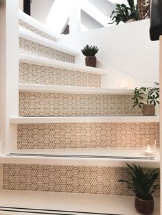Metal Stair Railing, Stair Renovation, Slider Door, Concrete Stairs, Staircase Design, Staircase Decoration, Painted Stairs, Simple Interior, Basement Stairs