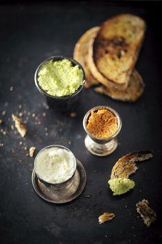 Erilaiset tahnat kasvattavat suosiotaan ruuanlaitossa. Käytä dippinä, lisukkeena tai levitteenä paprikahummusta, sitruuna-parmesaanituorejuustoa tai herne-minttu-valkopaputahnaa.