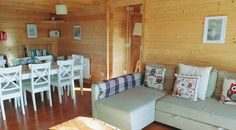 Sleeps 8 in comfort and for year round use