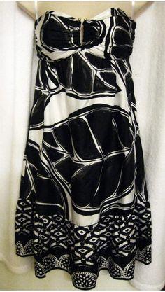 White House Black Market 0XS Silk Strapless Knee Length Dress - Resale Designers