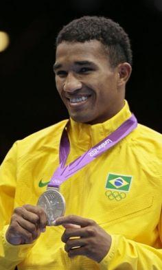 Esquiva Falcão - Medalha de Prata - UOL Olimpíadas 2012