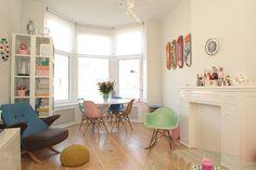 Kleurrijke woonkamer op het blog van http://casaenco.blogspot.nl