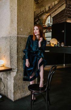Modrá zamatová záhybová sukňa Modeling, My Style, Clothes, Dresses, Fashion, Outfits, Vestidos, Moda, Clothing