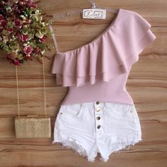 image Crop Top Outfits, Trendy Outfits, Cute Outfits, Fashion Outfits, Womens Fashion, Mode Rockabilly, Western Outfits, Hot Pants, Dress Me Up