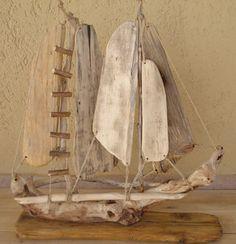 Driftwood Sculpture, Driftwood Art, Sea Crafts, Nature Crafts, Driftwood Projects, Wood Creations, Recycled Art, Beach Art, Stone Art