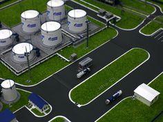 The model of a refueling complex for planes. Макет топливно-заправочного комплекса для самолетов