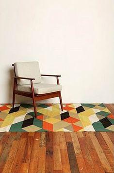 Love the rug. M'encanta la catifa.