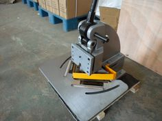 286.00$  Watch here - http://ali20i.worldwells.pw/go.php?t=32607757060 - HN-4A hand operated notcher right angle shear cutting machine manual machinery tools
