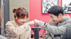 Descendant Of The Sun Eps13