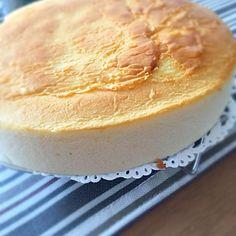 試作で作りました‼️  小麦粉→米粉に変更。  さっぱりした味わいになりました - 20件のもぐもぐ - スフレチーズケーキ by helianthusa40