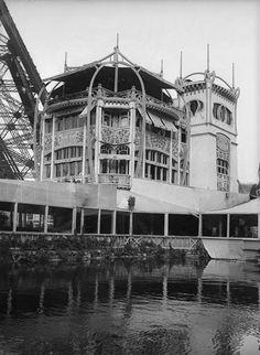 Restaurant le Pavillon Bleu au Champs de Mars pendant l'exposition universelle de 1900 Roy Lucien (1850-1941) , Architecte des Monuments