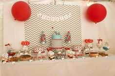 Love this elephant party! What an awesome 1st birthday party idea!