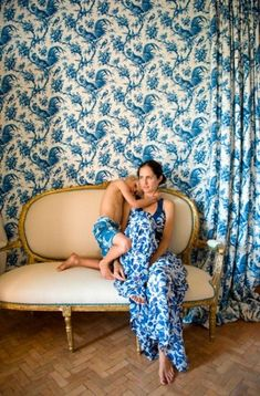 Timeless Blue and White Designs - Katie Considers California Style, Northern California, Types Of Blue, Vogue, Textiles, Mother And Child, Madame, White Style, Elle Decor