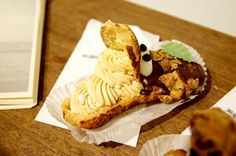 Crocodile choux pastry
