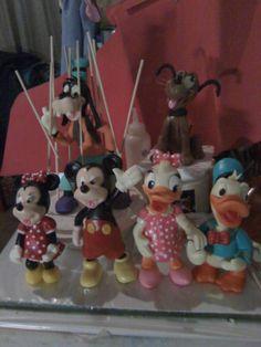 personajes de Disney  un conjunto para decorar una torta de cumpleaños