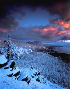 Winter Blanket in Lake Tahoe Lake Tahoe Winter, Winter Blankets, Winter Beauty, Beautiful Places To Travel, Sunrise, House Design, Mountains, Pretty, Photos