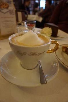 【EAT-Cafe Mozart, Vienna, Austria】咖啡 甜點 Since 1794 飄香維也納 Vienna Cafe, Eat Cafe, Vienna Austria, Europe, Travel, Viajes, Destinations, Traveling, Trips
