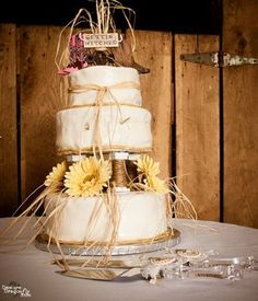 country wedding cake - love this cake