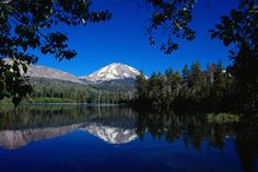 Manzanita Lake and Mt Lassen - Lassen Volcanic National Park, California