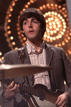 Paul McCartney, The Beatles Foto Beatles, Les Beatles, Beatles Photos, John Lennon, My Love Paul Mccartney, Paul Mccartney Young, The Quarrymen, Sir Paul, The Fab Four