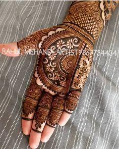 Most Beautiful Henna Designs 2019 Mehndi Designs Book, Indian Mehndi Designs, Mehndi Designs 2018, Modern Mehndi Designs, Mehndi Design Pictures, Wedding Mehndi Designs, Mehndi Designs For Fingers, Beautiful Henna Designs, Mehndi Patterns