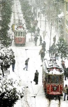 Trams in the winter--trollies are very cool--I lived in Philadelphia which has trollies for a long time while I was in grad school in the 80's-mid 90's  Always loved travelling on SEPTA (SouthEastern Pennsylvania Transit Authority) trollies and snow made it even better....