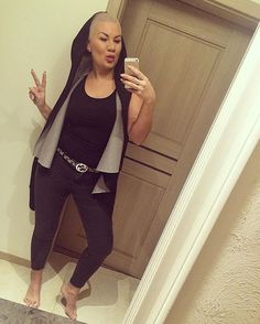 Hej Hej Dzien dobry 😘😍😘#goodmorning #dziendobry #morning #me#selfie#mirrow #fashion #streetfashion #imstagood#look#good#polishgirl #ootd#feet#streetstyle #mylifestyle #fallowme #fashionblogger #like4like #buzzcut #blonde