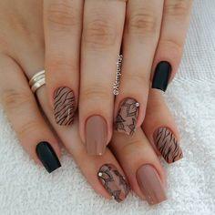 581 Me gusta, 12 comentarios - Alessandra Camilo SC (@alescamilo_) en Instagram Beauty Nails, Hair Beauty, Nail Colors, Instagram Posts, Chanel, Pretty Nails, Gorgeous Nails, Elegant Nails, Nail Designs