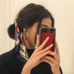 mirror selfie hair and beauty scarf accessories Scarf Hairstyles, Cute Hairstyles, Hairstyles 2018, African Hairstyles, Mode Outfits, Mode Inspiration, Inspiration Quotes, Hair Inspo, Hair Looks