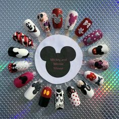Nageldesign Mickey and Minnie Mouse - - Mickey Mouse Nail Design, Mickey Mouse Nail Art, Minnie Mouse Nails, Disney Mickey Mouse, Minnie Mouse Stuff, Disney Acrylic Nails, Cute Acrylic Nails, Cute Nails, Disney Nails Art