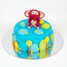 step by step how to decorate the cake and how to make the elephant Fondant Figures Tutorial, Cake Tutorial, Flower Tutorial, Cupcakes, Novelty Cakes, Sugar Flowers, Amazing Cakes, Sweet Recipes, Birthdays