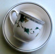 Ivy Lane Footed Cup and Saucer by Noritake Keltcraft Green Ivory 9180 #Noritake