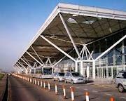 Jet Transport Cars provides taxi service under categories like Heathrow Airport Taxi ,Cheap Airport Transfers , Luton Airport Taxi , gatwick to heatrow  http://www.jatransfer.com/
