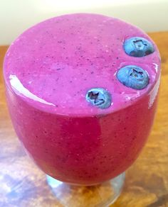 This beetroot and berry, omega-3 smoothie packs a nutritional punch and tastes delicious too! It is earthy from beetroot, zingy, fresh and sweet from the blueberries and strawberries and refreshing from the coconut water. #recipe #beetroot #smoothie @sobody