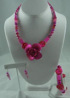 Magenta Flower Necklace Set