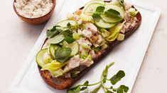 Turkey-Salad Sandwich Sandwiches For Lunch, Turkey Sandwiches, Wrap Sandwiches, Turkey Salad Sandwich, Sandwich Recipes, Sandwich Board, Yummy Pasta Recipes, Fruit Recipes, Paninis