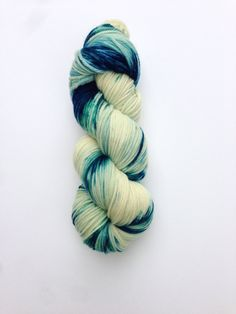 Sea Turtle is a Superwash Merino DK weight yarn hand dyed in green, blue, and turquoise with spots of white.   100% Superwash Merino Wool 100g/246 yards, DK weight Recommended needle size: US 5 (3.75 mm) Recommended hook size: F (3.75 mm) Expected Gauge: 5.5 stitches per inch  *This item is currently dyed to order*  Different monitors display color differently. I take my photos in natural light and try to represent the color as accurately as possible.  My yarns come from a smoke free hom...