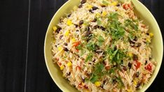 Mexican Rice – Cooking Recipes, Tips and Tricks – Canal Vie by karinebegin Solution Gourmande, Fried Rice, Risotto, Salads, Mexican, Cooking Recipes, Ethnic Recipes, Food, Couple