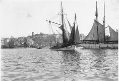 Velieri al Porto di Genova (Photo: Studio Agosto, 1935 ca.) #genova #genoa #liguria #portodigenova #portofgenoa