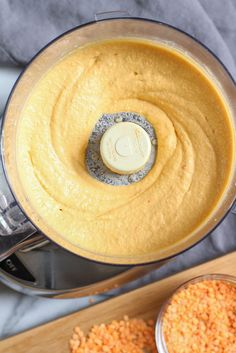 Harissa-spiced red lentil hummus