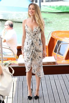 Amber Heard in Zimmermann at the 2015 Venice Film Festival. See all the stars' gowns, dresses, and jewels from the premieres. Estilo Resort, Amber Heard Style, Amber Head, Venice Film Festival, The Danish Girl, Celebrity Look, Red Carpet Looks, Red Carpet Dresses, Red Carpet Fashion